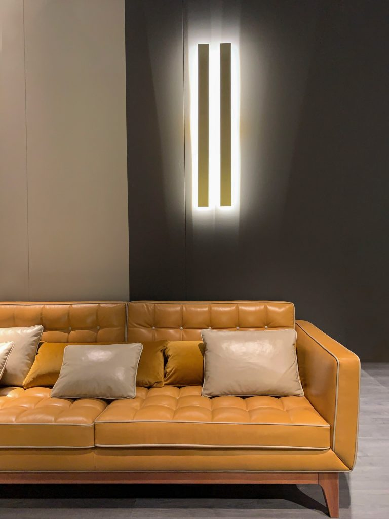 how to clean a white leather lounge